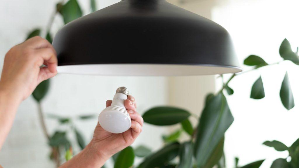 cómo instalar lámparas LED